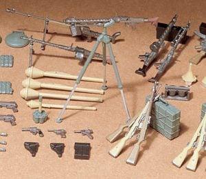German Infantry Weapons Set Kit CA211 35 Scale Tamiya 35111