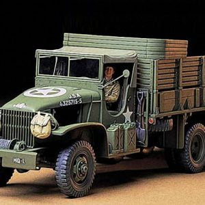 US 2 and Half Ton 6x6 Cargo Truck kit 35 Scale Tamiya 35218