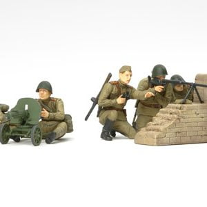 Russian Anti-Tank Team Set of 5 Kit 35 Scale Tamiya 35306