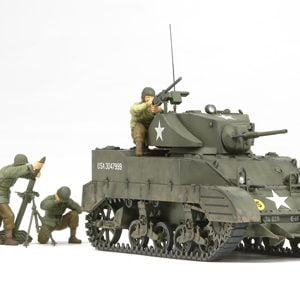 US Light Tank M5A1 Pursuit Operation with Set of 4 Figures Kit 35 Scale Tamiya 3