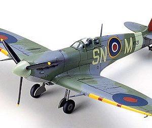 Supermarine Spitfire Aircraft Mk.Vb Mk.Vb TROP Tropical Kit 72 Scale Tamiya 6075