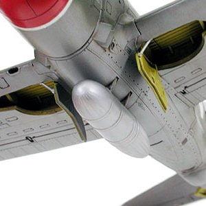 P47D Thunderbolt Razorback Kit 72 Scale Tamiya 60769 detail b