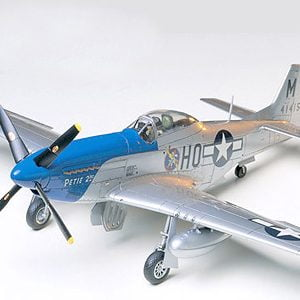 North American P51D Mustang 8th Air Force Aircraft Kit 48 Scale Tamiya 61040