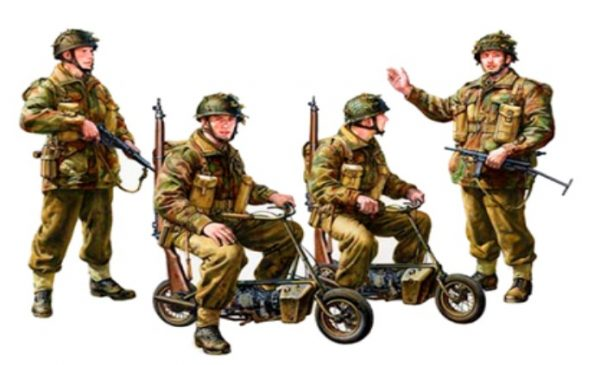 British Paratroopers 4 with 2 Small Motorcycles by Tamiya 35337