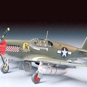Tamiya P-51B Mustang 1-48 Scale 61042