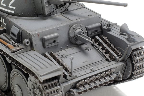 Front Tamiya German Panzer 38-t Ausf E-F 48 Scale 32583