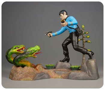 Mr Spock Collectors Edition Model Kit and Lunch Tin by AMT 624