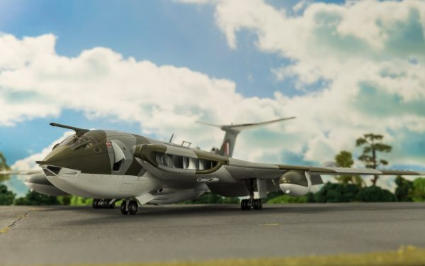 Diorama 1 Airfix Handley Page Victor B-2 A12008