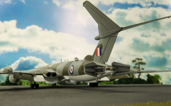 Diorama 2 Airfix Handley Page Victor B-2 A12008
