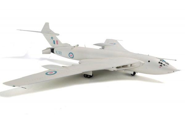 Final 2 Airfix Handley Page Victor B-2 A12008