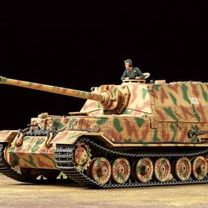 Tamiya German Tank Destroyer Elefant 1-48 Scale 32589