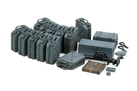 Tamiya German Jerry Can Set Early Type 1-35 Scale 35315