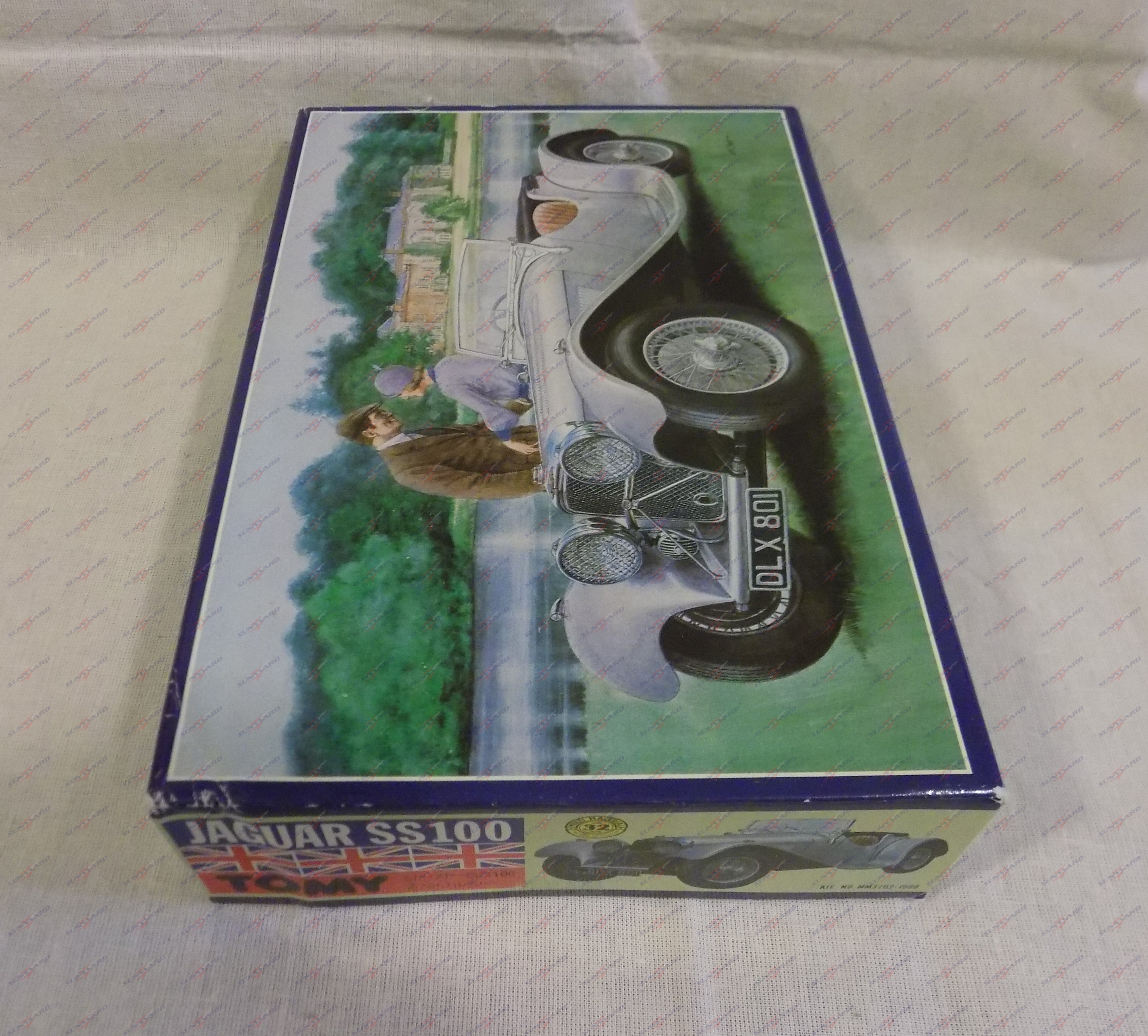Tomy Jaguar SS100 Model Kit #MM3202-1900 1:32 Scale