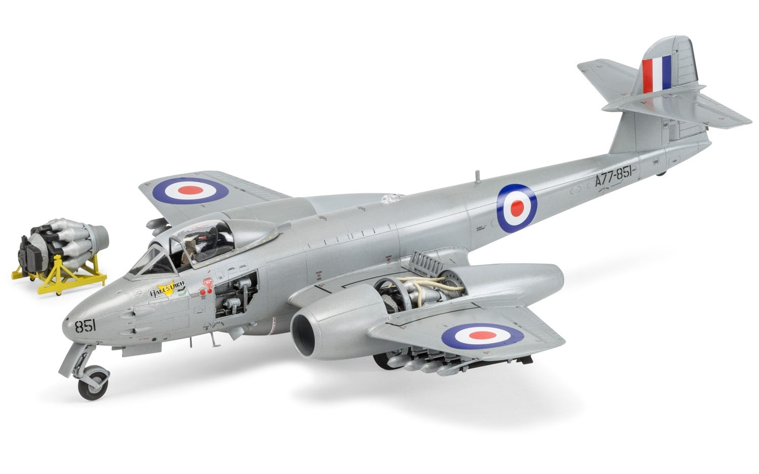airfix gloster meteor f8 korean war 1 48 a09184 online shopping in canada and the usa model. Black Bedroom Furniture Sets. Home Design Ideas