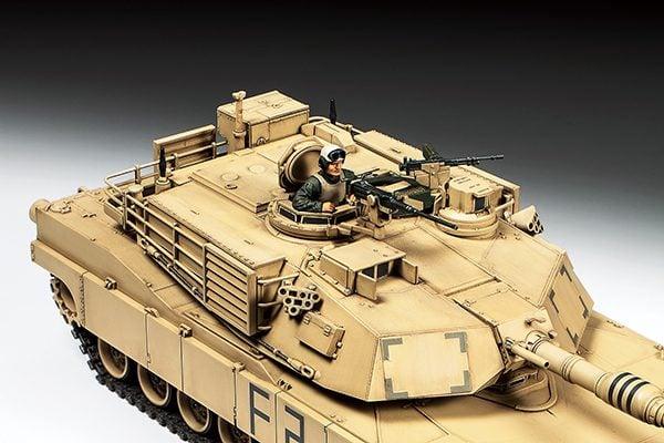 detail Tamiya M1A2 Abrams Tank 1:48 Kit 32592