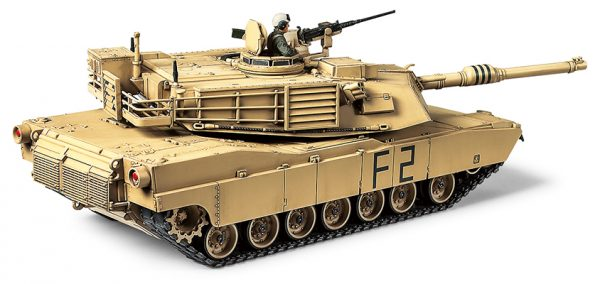 side view Tamiya M1A2 Abrams Tank 1:48 Kit 32592
