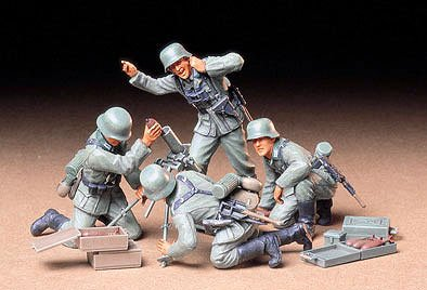 Tamiya German Infantry Mortar Team 1:35 Scale Model Kit 35193