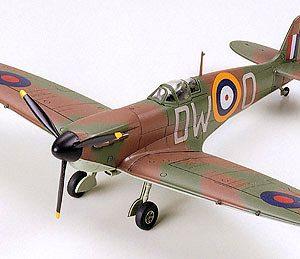 Tamiya Supermarine Spitfire Mk.1 1:72 Scale Model Kit 60748