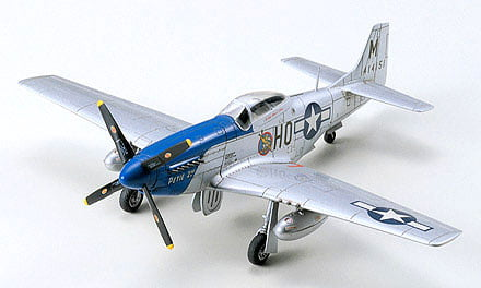 Tamiya P-51D Mustang North American 1:72 Scale Model Kit 60749