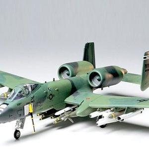 Tamiya A-10 Thunderbolt II Kit CO128 1:48 Scale Model Kit 61028
