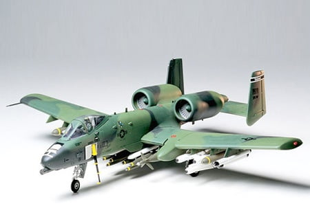 Tamiya A-10 Thunderbolt II Kit CO128 1:48 Scale Model Kit 61028