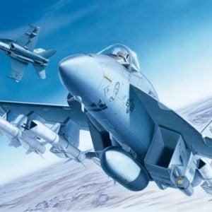 Italeri F/A-18E SUPER HORNET 1/72 Scale 083