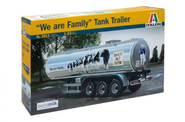 box Italeri Classic Tank Trailer We are Family 3911