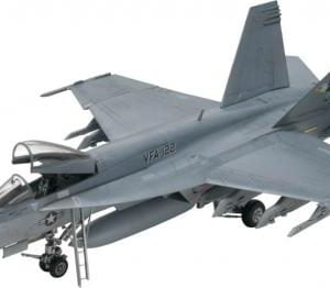 Revell F/A-18E Super Hornet 1/48 Scale 85-5850