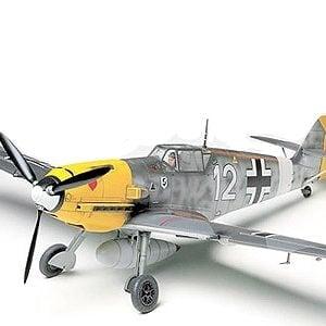 Tamiya Messerschmitt Bf109E-4/7 Trop 61063