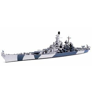 Tamiya US Navy Battleship BB-61 Iowa 1/700 Scale