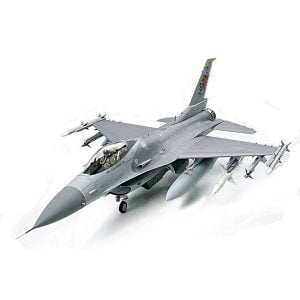Tamiya Lockheed Martin F-16CJ Block 50 Fighting Falcon 1/32 Scale