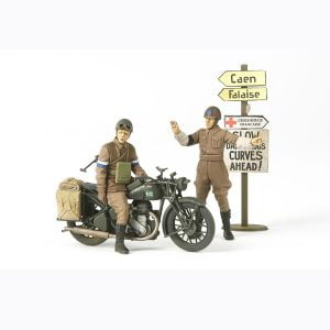 Tamiya British BSA M20 with Military Police 1/35
