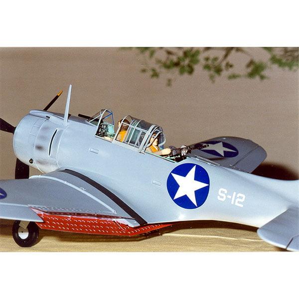 Guillows Douglas SDB- 3 Dauntless 31.25 Inch Wingspan 1003