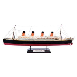 Airfix R.M.S. Titanic Gift Set 1/700 Scale