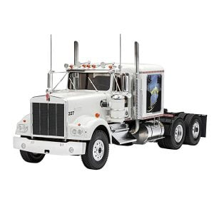 Revell 1:25 Scale Kenworth W-900 RVG 07659